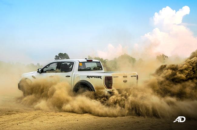 Ford Ranger Raptor Dust