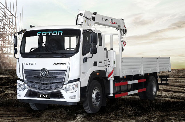 Foton Hurricane bed with crane