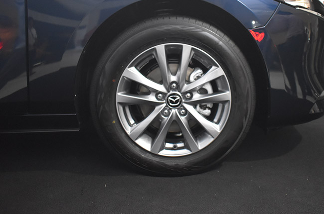 Mazda 3 16 inch wheels