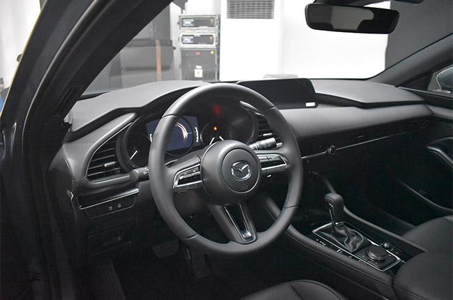 Mazda 3 premium interior