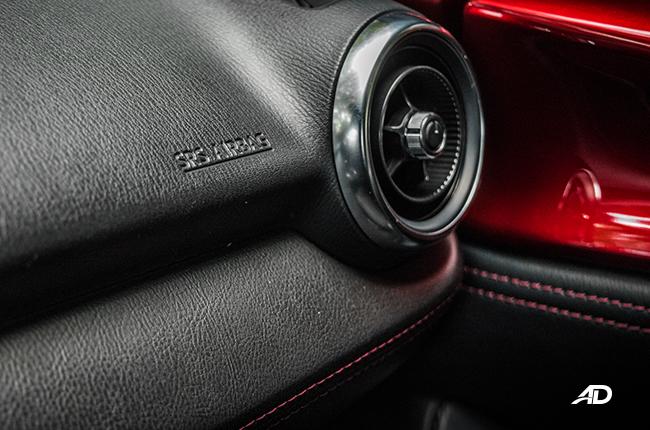 Mazda MX-5 RF interior