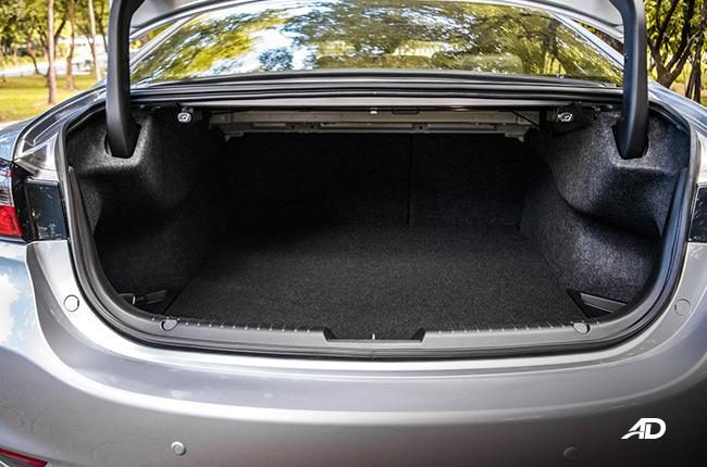 mazda6 sedan trunk