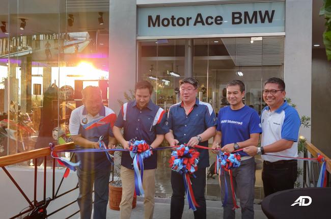MotorACE BMW Daang Hari Ribbon Cutting
