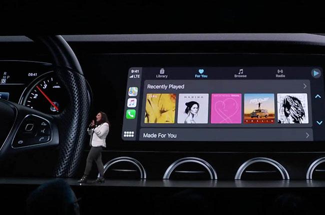 WWDC AppleCarPlay
