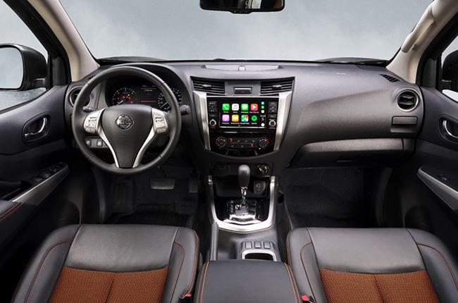Nissan Navara Black Edition Interior Front Driver Position