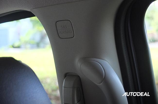Nissan Terra Airbags
