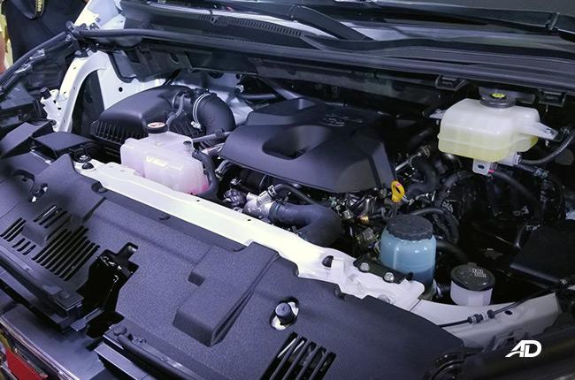 Toyota Hiace Engine bay