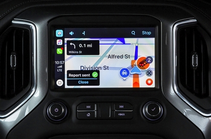 Waze with audio player for Apple CarPlay now downloadable