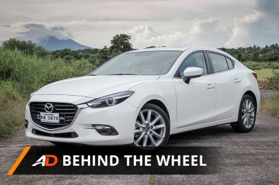 2017 Mazda3 R Sedan - Behind the Wheel