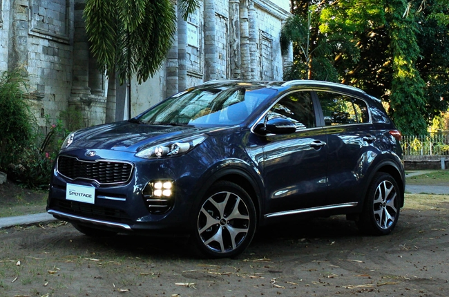 Exploring the rustic island of Negros with the all-new KIA Sportage