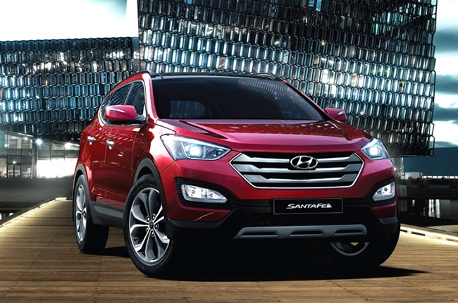 What will you get in a Hyundai Santa Fe Premium GLS?