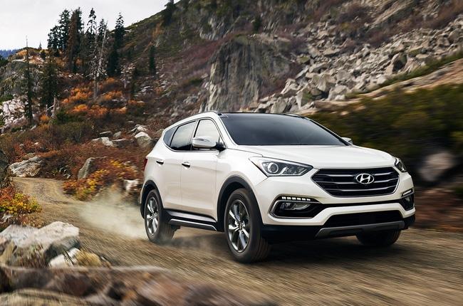 2017 Hyundai Santa Fe Sport earns IIHS Top Safety Pick+ rating