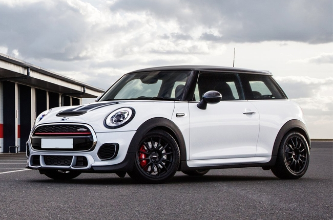 MINI unleashes limited edition John Cooper Works Challenge
