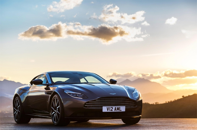 Aston Martin DB11 receives 2016 Production Car of the Year award