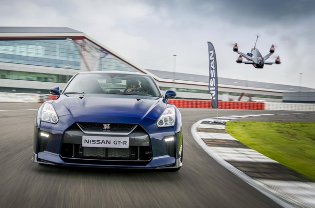 Nissan builds drone to challenge its 2017 GT-R