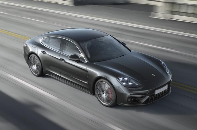 Porsche unveils 2017 Panamera