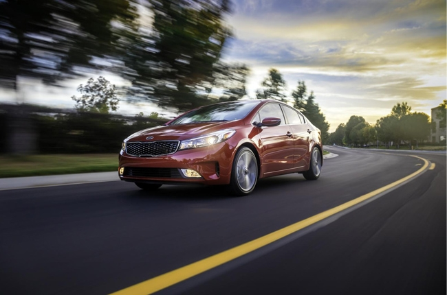 Refreshed 2017 Kia Forte Sedan gets new engine