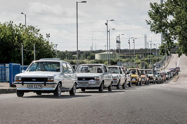 Ford celebrates 40th birthday of Fiesta with special convoy