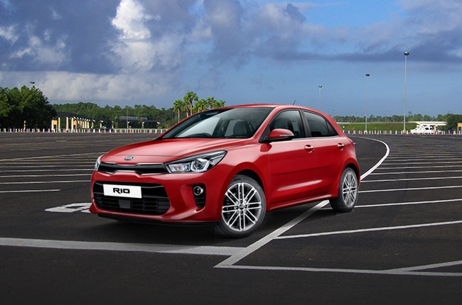 2017 Kia Rio unveiled ahead of Paris debut