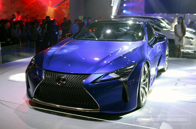 PIMS 2016: Lexus reveals flagship LC 500 coupe