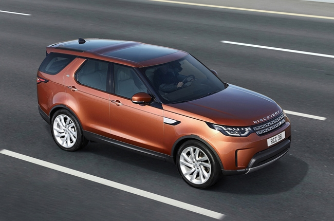 Paris 2016: Land Rover unveils 5th generation Discovery