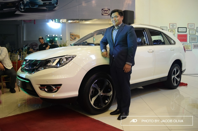 BYD PH launches all-new S7, facelifted F0