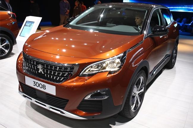 Paris 2016: Peugeot unveils the new 3008 compact SUV