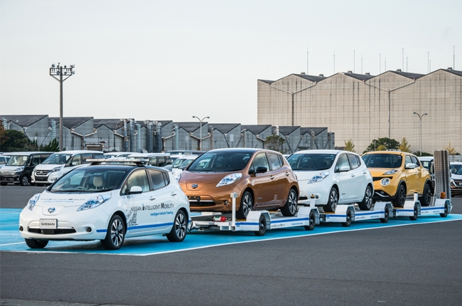 Nissan introduces self-driving tow car