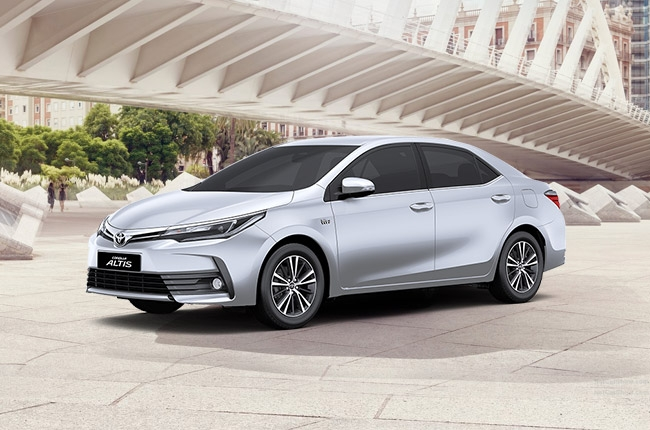 Toyota PH brings in 2017 Corolla Altis