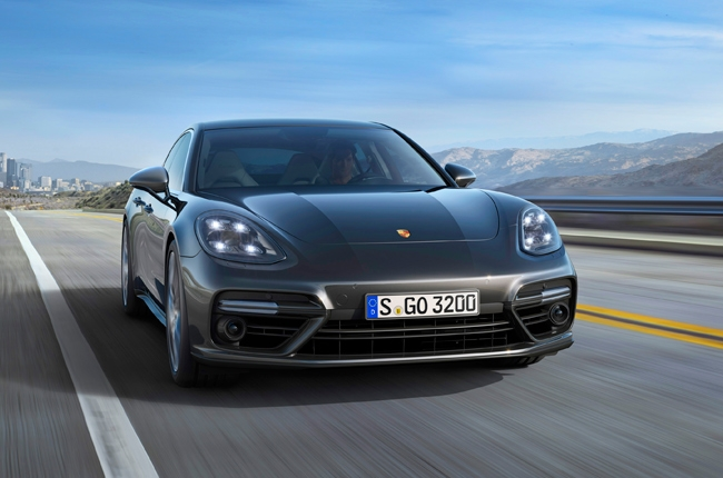 Porsche PH launches 2017 Panamera Turbo