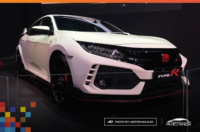 MIAS 2017: Honda lights up the show with Civic Type R
