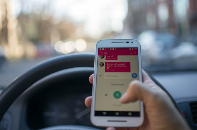 Senator Ejercito urges DOTr, LTO to suspend Anti-Distracted Driving Act