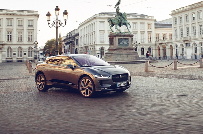 Jaguar I-PACE all-electric SUV reaches 369 km in one full charge