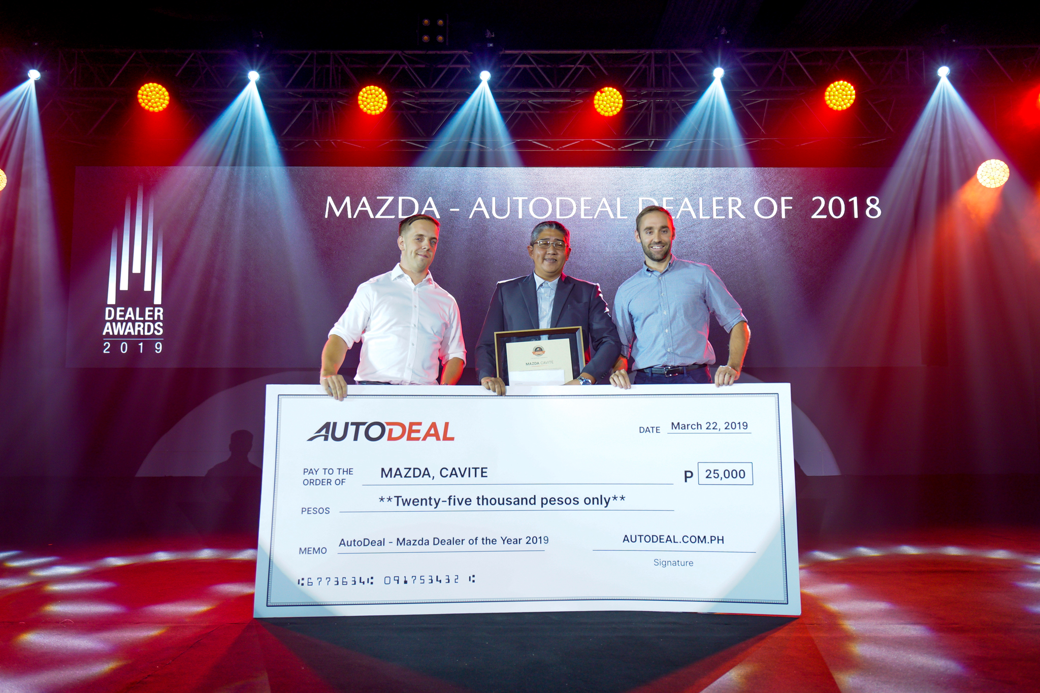 AutoDeal co-presents Mazda Philippines' Best Dealer and Agents of 2018