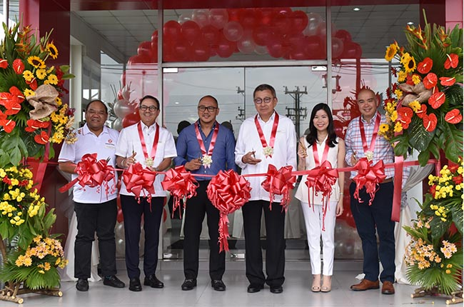Dongfeng is now in PH, opens new Cainta dealership