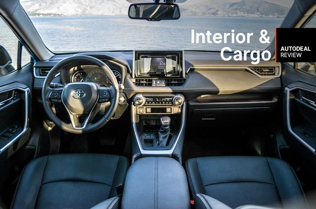 2019 Toyota RAV4 Interior & Cargo Space