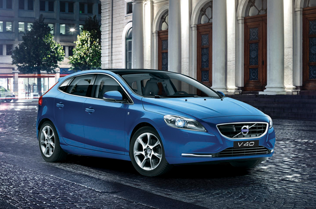Volvo updates the V40 with a more powerful engine