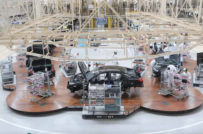 Honda introduces world's first flexible assembly line called ARC