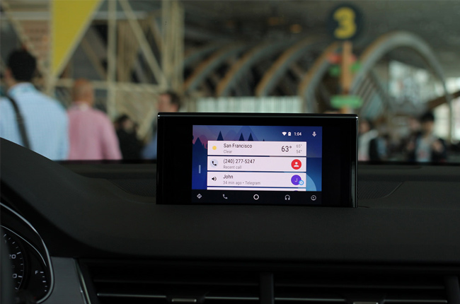 Survey says consumers want smart phone integration with their cars
