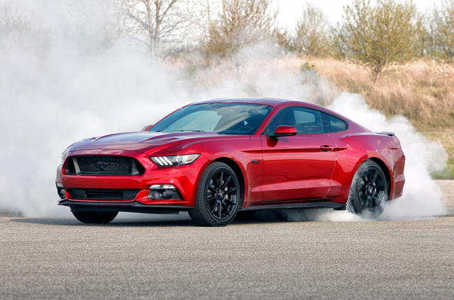 Ford to launch Mustang hybrid in 2020