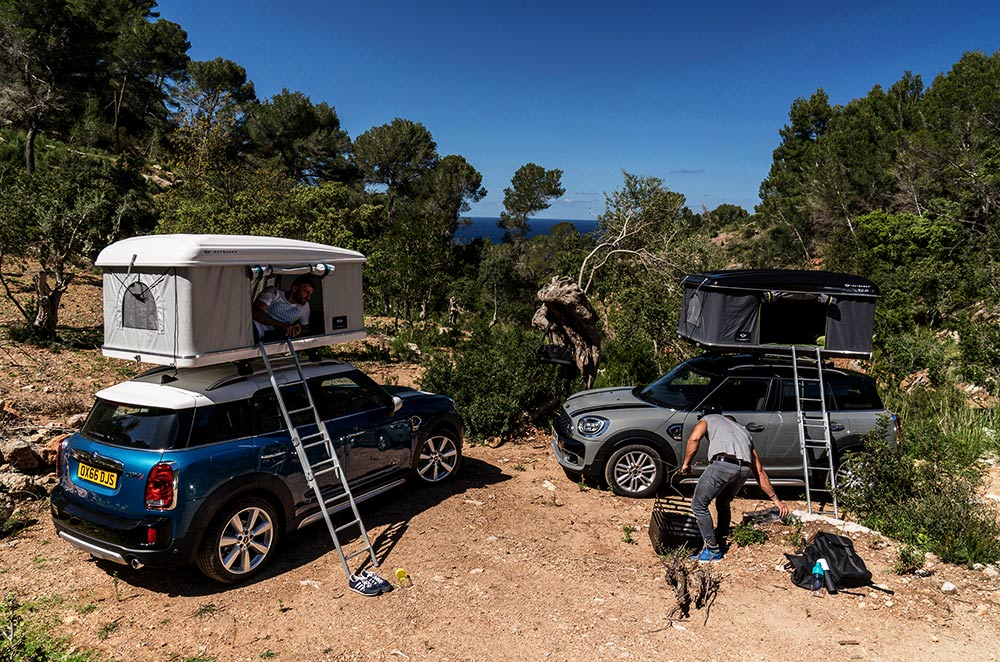 MINI Countryman with Autohome AirTop tent