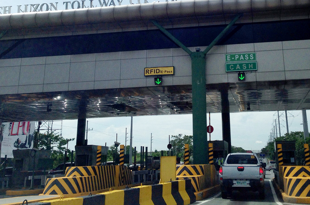 South Luzon Expressway toll gate