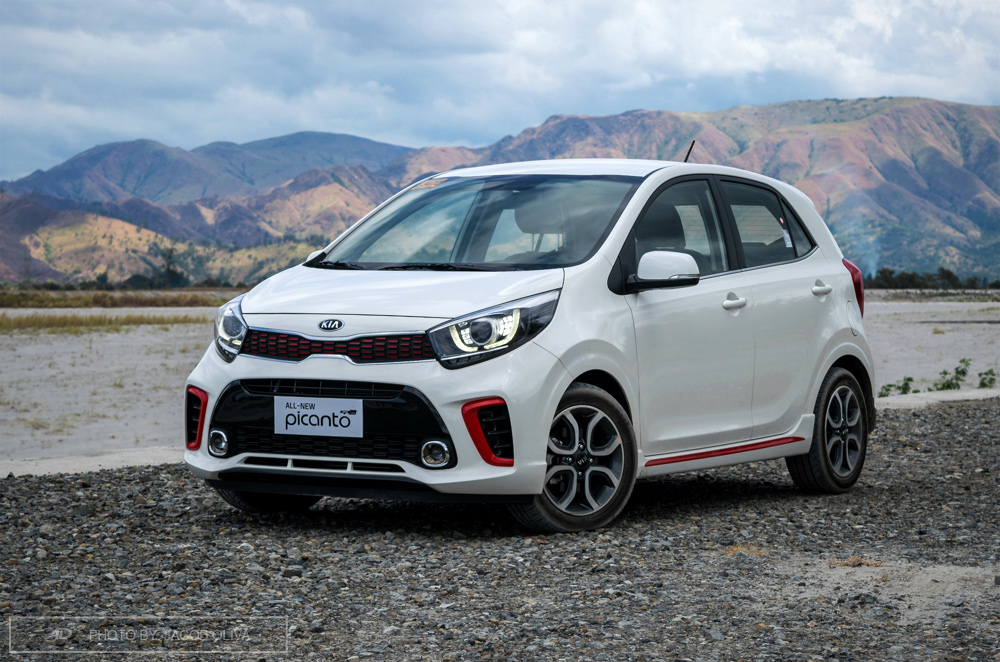 review 2018 kia picanto 1 2 gt line at autodeal. Black Bedroom Furniture Sets. Home Design Ideas