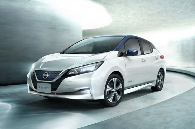 Nissan Intelligent Mobility Nissan Leaf front
