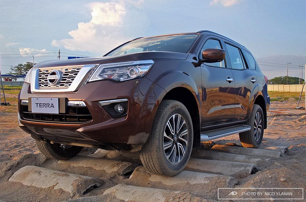 nissan terra debuts  ph  shake local suv market autodeal