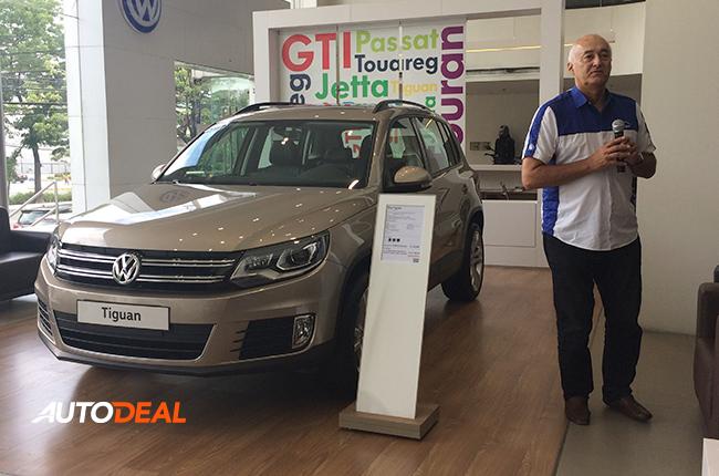 Volkswagen Tiguan with COO Klaus Schadewald