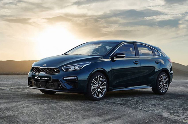 Kia Forte Hatchback >> Kia Unveils Forte Hatchback Gt In Korea And We Want It Here Too