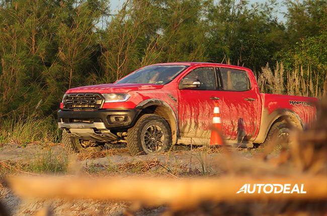 2019 Ford Ranger Raptor in Zambales Lahar Fields