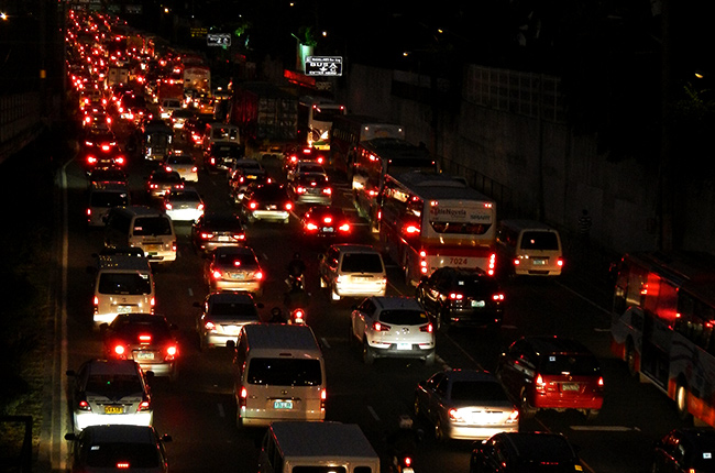 MMDA lifts number coding scheme for provincial buses and private vehicles