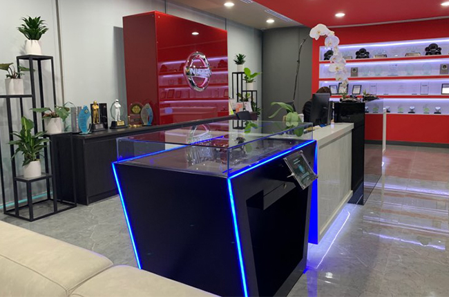 Nissan's new office